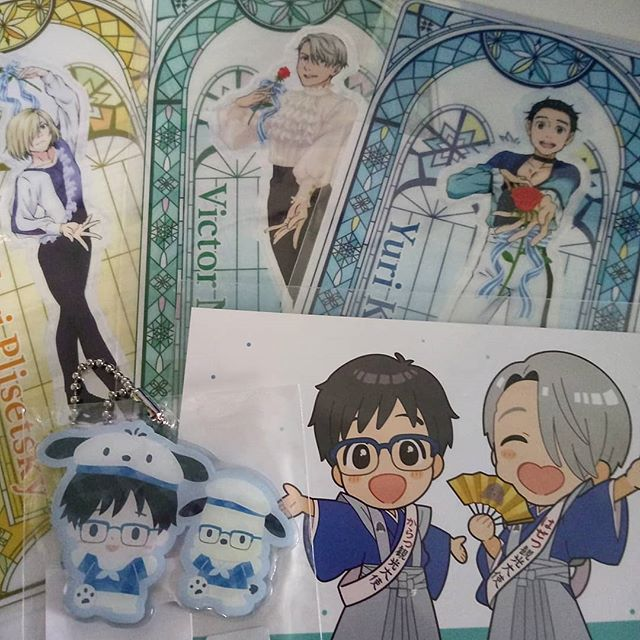 My newest Yuri on Ice merch came in the mail.... thanks @denkimouse #fangirlpurchases #yurionice #YOI